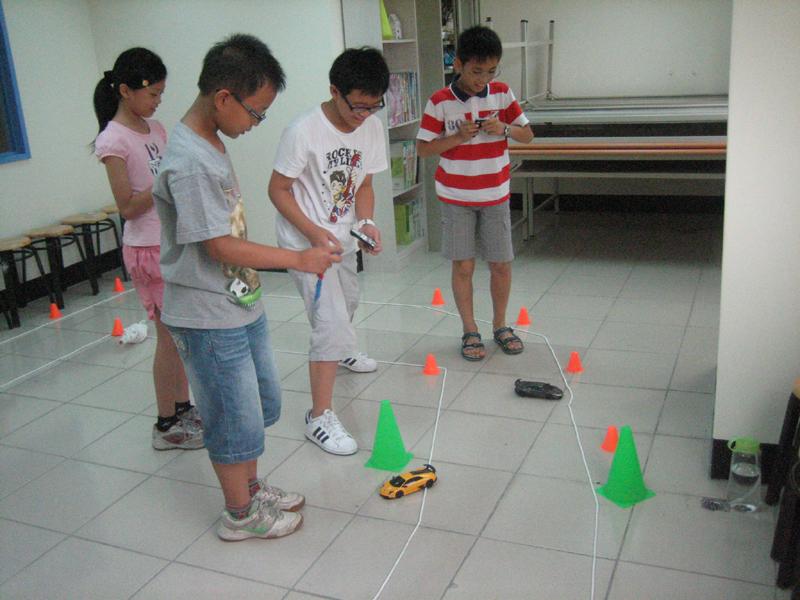 2012.07.09~07.11 衝鋒遙控賽車競速營