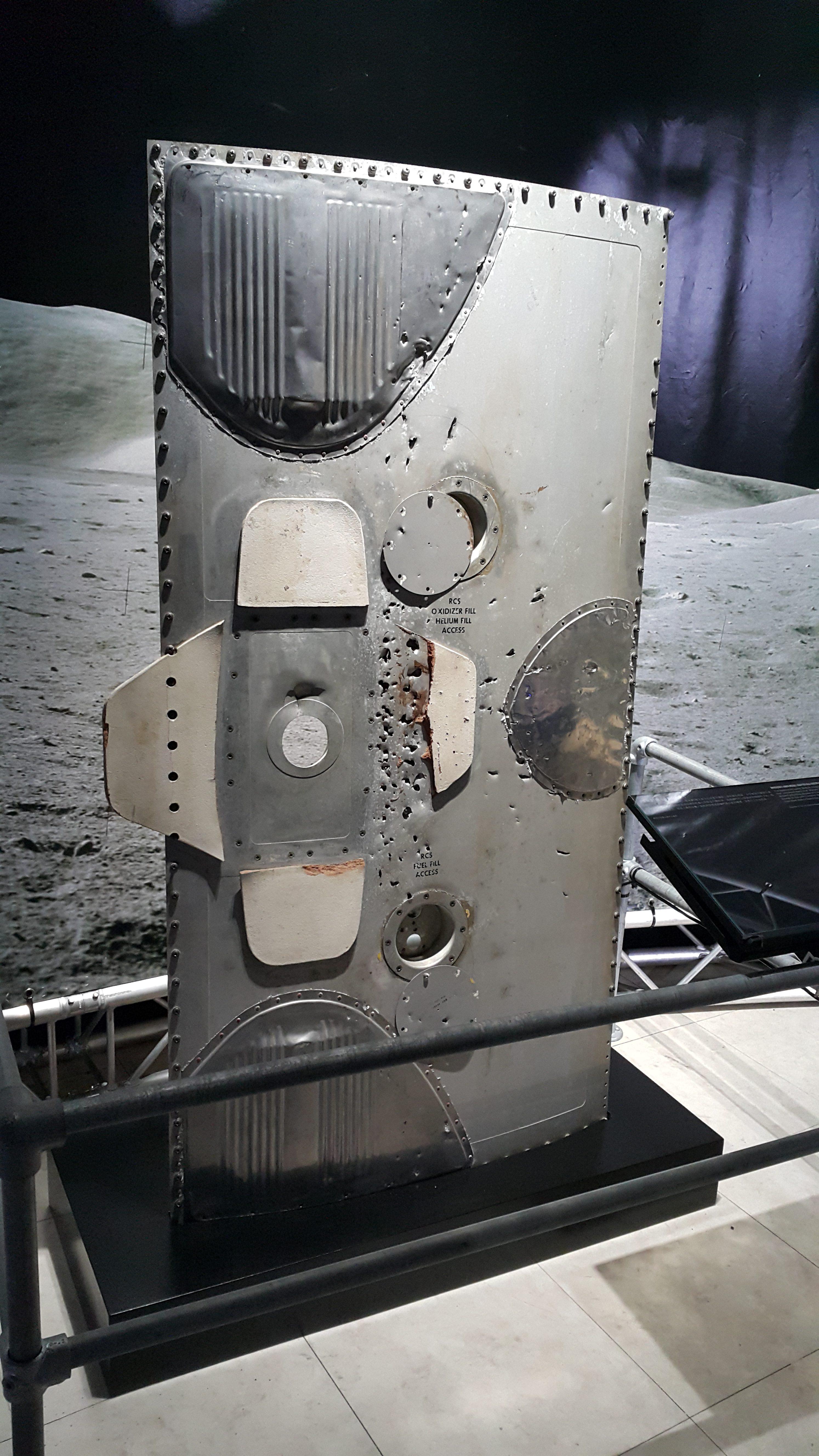 220登月艙接合器艙門NASA